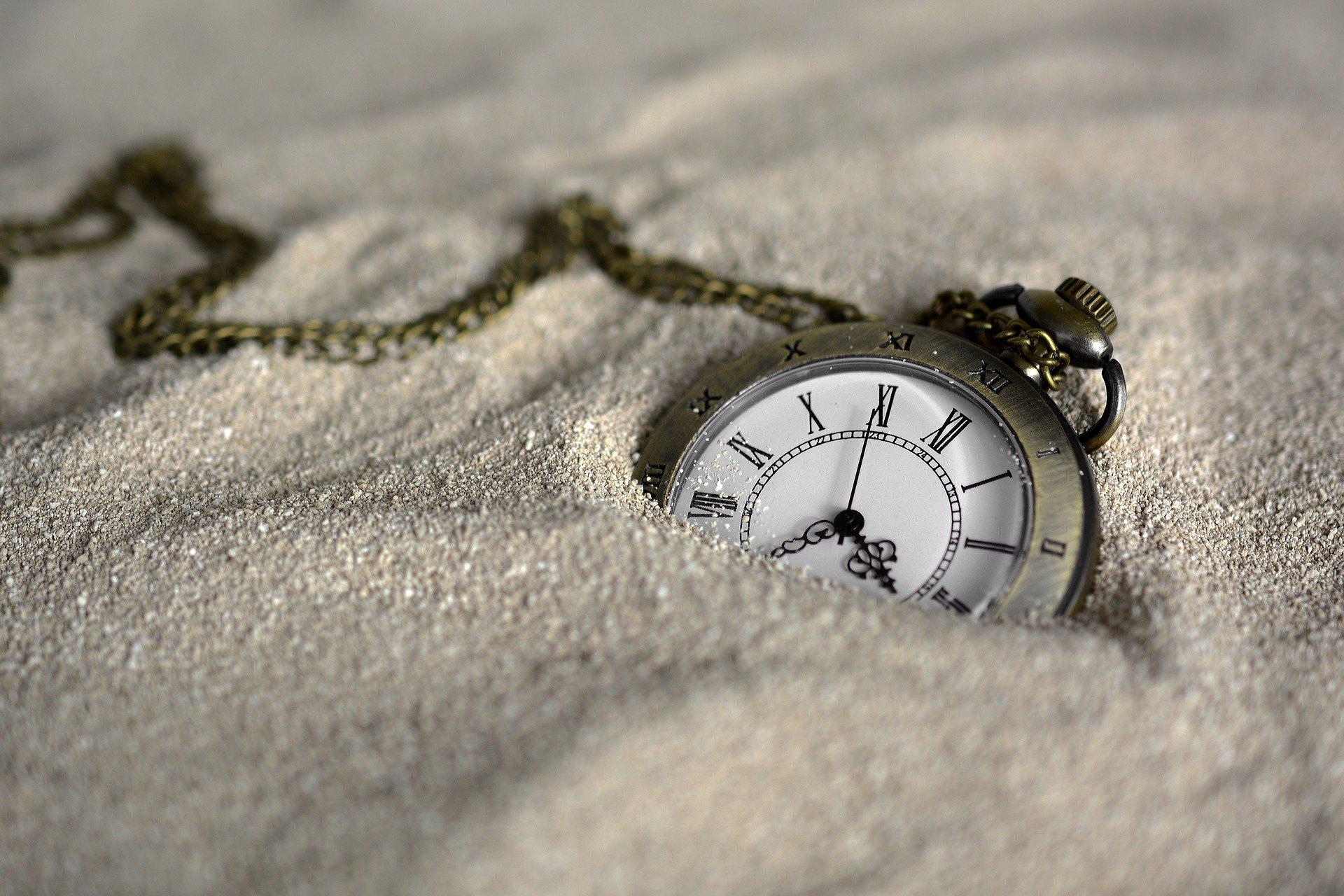 pocket-watch-3156771_1920